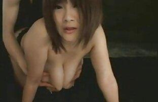 Mini Kousaka hot babe Memberikan blowjob tenggorokan hd porn jepang yang dalam