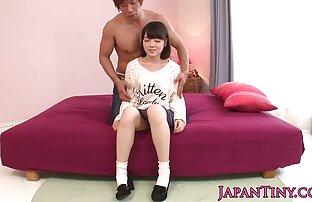 Rina Koizumi Remaja Asia suka bermain dengan xxx anak jepang seks.