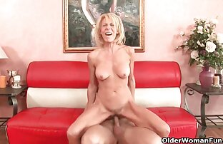 Sebuah pasangan kuliah sensual video sex jepang mom dengan nafsu dan seks panas.